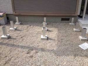 人工木ウッドデッキの束柱