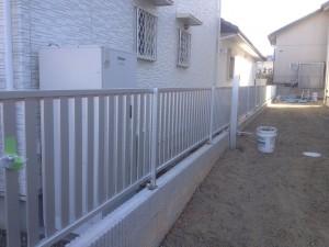 カムフィ15型フェンス