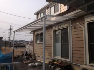 大きなテラス屋根