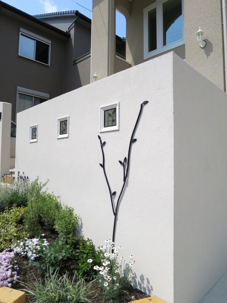 ロートアルミの飾り壁