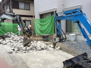 外構工事の解体作業