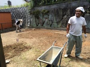 お庭の草対策