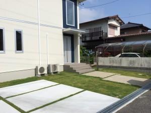 芝生の施工