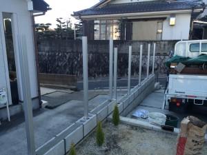 フェンスの支柱